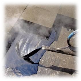 Нанесение горячей битумной мастики
